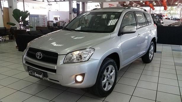 Toyota Rav4 4X4 2.4 16V Prata 2011}