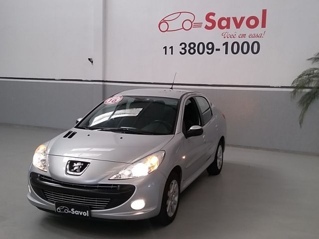 Peugeot 207 Sedan XS Passion 1.6 16V Flex Prata 2010}