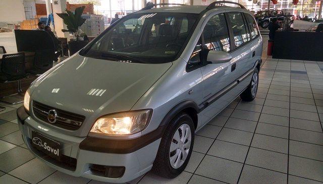 Chevrolet Zafira Expression 2.0 Mpfi 8V Flexpower Prata 2008}