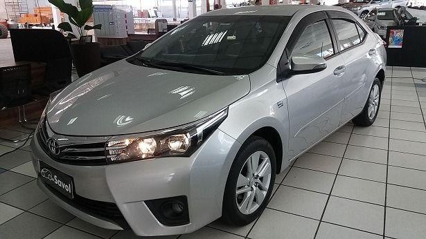 Toyota Corolla GLI Upper 1.8 16V Flex Prata 2016}