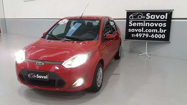 Ford Fiesta Sedan Class 1.6 MPI 8V Flex Vermelho 2012}