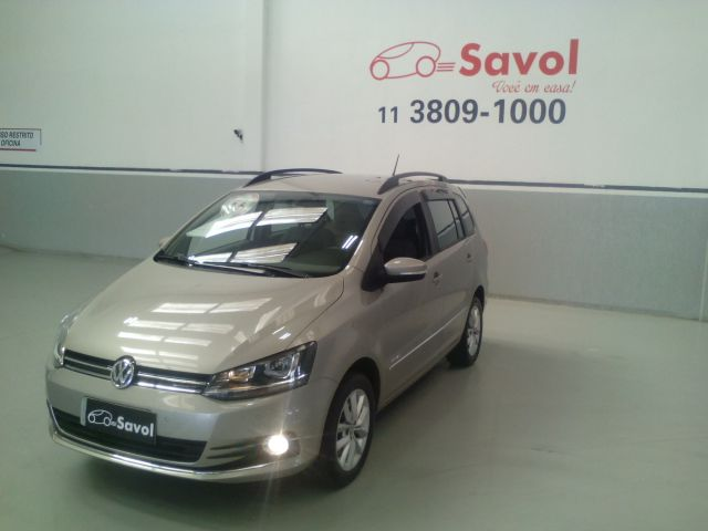 Volkswagen Spacefox MSI Highline 1.6 16V Total Flex Prata 2016}