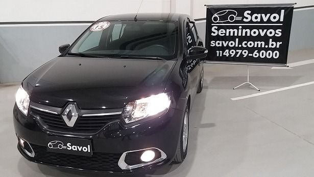 Renault Sandero Dynamique 1.6 8V Hi-Flex Preto 2015}