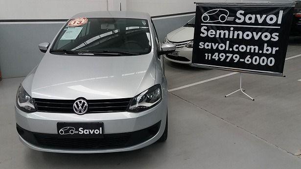 Volkswagen Fox Trend 1.0 Mi 8V Total Flex Prata 2013}