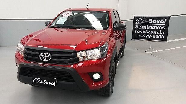 Toyota Hilux SR CHALLENGE 2.8 L 16 V Turbo Vermelho 2018}