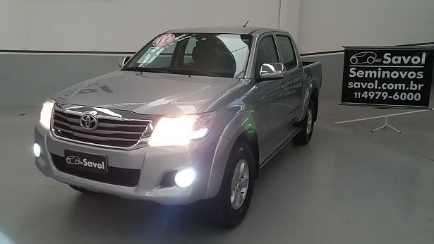 Toyota Hilux SRV 4X2 Cabine Dupla 2.7L 16V DOHC Prata 2015}