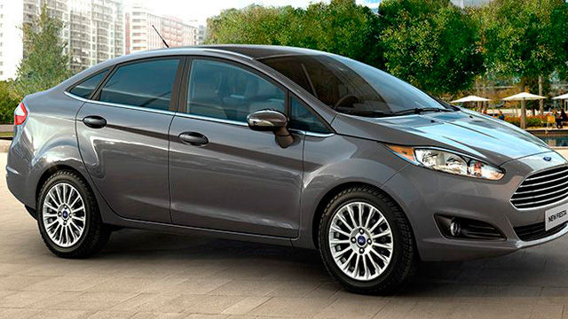 New Fiesta Sedan - AdvanceTrac® e Assistente de Partida em Rampas