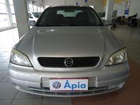Chevrolet Astra Sedan GL Milenium 1.8 MPFi 2001}