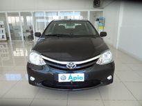 Toyota Etios Cross XLS 1.5L (Flex) 2013}