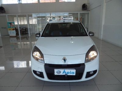 Renault Sandero 1.0 Tech Run 16V FLEX 4P 2014}