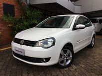 Volkswagen Polo Sedan Comfortline 1.6 8V I-Motion (Flex) (Aut) 2014}