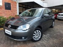 Volkswagen Polo Hatch 1.6 VHT Total Flex 2013}