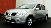 Renault Sandero Expression 1.6 2010}