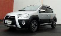 Toyota Etios Cross 1.5L (Flex) 2016}