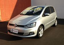 Volkswagen Fox 1.6 VHT Highline (Flex) 2015}