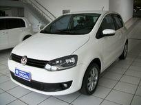 Volkswagen Fox 1.6 MI 8V FLEX 4P MANUAL 2014}
