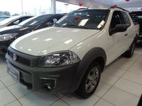 Fiat Strada Working 1.4 (Flex) (Cab Dupla) 2016}