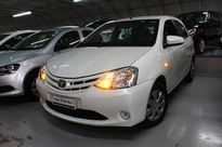 Toyota Etios Sedan XS 1.5 (Flex) 2016}