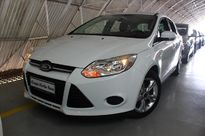 Ford Focus Hatch S 1.6 2015}