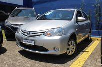 Toyota Etios Sedan Etios X 1.3 (Flex) 2016}