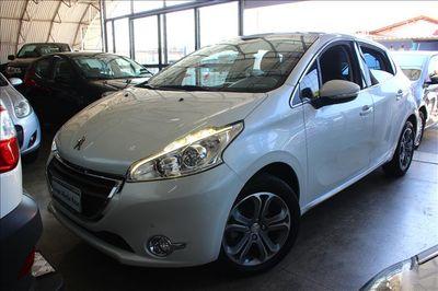 Peugeot 208 1.6 16V Griffe (Flex) (Aut) 2016}