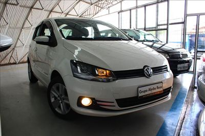 Volkswagen Fox Comfortline 1.6 2015}