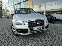 Audi Q5 2.0 Turbo FSI quattro 2010}