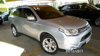 Mitsubishi Outlander GT 4WD 3.0 V6 (Aut) 2014}