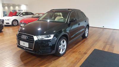 Audi Q3 Ambiente 1.4 TFSI S tronic Flex 2017}