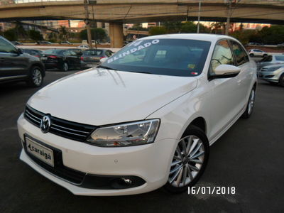 Volkswagen Jetta Highline 2.0 TSI I-Motion 2014}