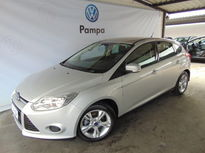 Ford Focus Hatch S 1.6 2014}