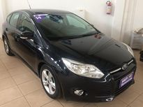 Ford Focus Hatch S 1.6 PowerShift 2014}