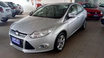 Ford Focus Sedan SE 1.6 16V TiVCT 2014}