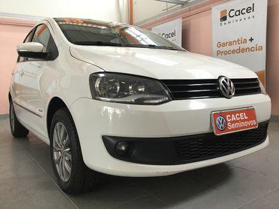Volkswagen Fox Prime 1.6 Mi 8V Total Flex 4p 2013}
