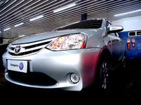 Toyota Etios Hatch Etios XS 1.5 (Flex) 2017}