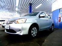 Toyota Etios Hatch Etios 1.3 (Flex) 2014}