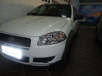Fiat Strada Working 1.4 (Flex)(Cab Dupla) 2013}
