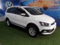 Volkswagen Space Cross 1.6 2015}