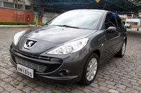Peugeot 207 Hatch XS 1.6 16V (flex) 2009}