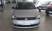 Volkswagen Polo Hatch . Sportline 1.6 8V 2014}
