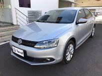Volkswagen Jetta Comfortline 2.0 (Aut) 2013}