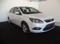 Ford Focus Hatch Focus Ghia 2.0 16V Flex Aut 2011}
