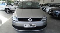 Volkswagen Fox Trend 1.0 Mi 8V Total Flex 4p 2013}