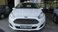Ford Fiesta 1.6 SE PowerShift 2015}