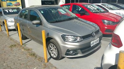 Volkswagen Voyage 1.6 MI 8V FLEX 4P MANUAL 2017}