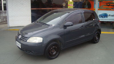 Volkswagen Fox 1.0 8V (Flex) 2007}