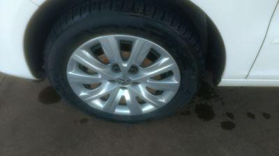 Volkswagen Fox Plus 1.0 8V (Flex) 4p 2013}