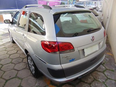 Fiat Palio Weekend ATTRACTIVE 1.4 FLEX 4P 2016 2013}