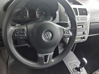 Volkswagen Polo Hatch . 1.6 8V (Flex) 2011}