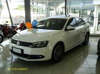 Volkswagen Jetta Highline 2.0 TSI (Aut) 2013}